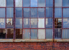(jtr27) Tags: dscf8536xl3 jtr27 fuji fujifilm xt20 xtrans vivitar komine 55mm f28 macro manualfocus brick wall window glass reflection red redness abandoned building maine newengland portland