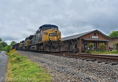 CSX Q611-16 at the old SAL Freight Depot in Chester (Travis Mackey Photography) Tags: csx q611 chester sc monroe sub ac44cw freight depot ge
