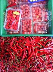 Heat and Sweet - 21st February 2018 (princetontiger) Tags: kenya nairobi red market fruit fruitandvegetable vegetables chillies peppers chillipeppers hot heat tomato