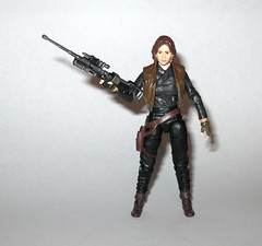 VC119 jyn erso star wars the vintage collection star wars rogue one basic action figures 2018 hasbro l (tjparkside) Tags: jyn erso star wars vintage collection tvc vc vc119 119 basic action figures 2018 hasbro figure thevintagecollection mosc sniper rifle pistol blaster stock vest holster kenner rogue one 1 story