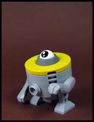 Master Cylinder (Karf Oohlu) Tags: moc lego bot droid mastercylinder