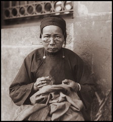 Needlework (ookami_dou) Tags: vintage china woman needlework sewing embroidery glasses 香港 hongkong