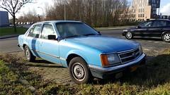 Opel Commodore Sedan 2.5S Luxus (sjoerd.wijsman) Tags: zuidholland holanda olanda holland niederlande nederland thenetherlands netherlands paysbas carspot carspotting cars car voiture fahrzeug blue bleu bluecars bluecar blau blauw generalmotors gm opel commodore opelcommodore fn72bv sidecode4 onk