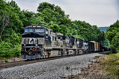 """Mane Scheme HDR"" NS 153-09 5/20/18 (tjtrainz) Tags: ns norfolk southern 153 manifest train wellborn al alabama division east end district dc ac ac44c6m 4004 black blue grey silver mane scheme c449w 944cw ge general electric"