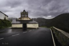 Iglesia de San Bartolomé (Luis R.C.) Tags: iglesias parlero asturias edificios paisajes urbanas viajes nikon d610
