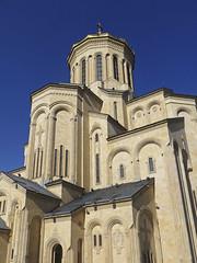 Sameba Cathedral, Tbilisi (RobertLx) Tags: church orthodox religion temple christian caucasus georgia tbilisi building architecture sky cathedral sameba city europe