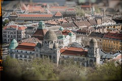 Gellért (crybaby75) Tags: 2018 budapest hungary tiltshift architecture april spring photowalk travel canoneos1300d efs1785mm palace hotel building retro