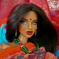 Isha (Deejay Bafaroy) Tags: fashion royalty fr integrity toys doll puppe isha kalpana narayanan rarefind ooak rerooted portrait porträt barbie indian red rot orange green grün blue blau turquoise türkis closeup