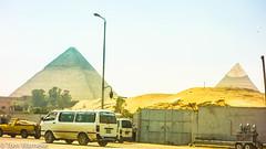 Pyramids of Giza (Tom Warneke) Tags: sand desert sevenwondersoftheworld cairo pyramids egypt middleeast giza northafrica