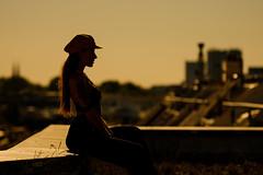 Summer in the City (photonomie.de) Tags: gegenlicht summertime überdendächernhamburgs hamburg hh 040 sommer summer city sonne sun sunlight orange