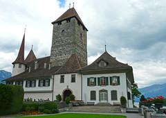 Schloss Spiez (duqueıros) Tags: schweiz suisse switzerland kantonbern berneroberland spiez schloss castle duqueiros