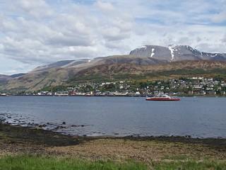 0385 Fort William behind Loch Linnhe