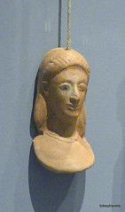Aiani Museum, Votive Terracotta head, (2).JPG (tobeytravels) Tags: macedon macedonia alexanderthegreat alexandrthe3rd votive gravegoods clay figurine