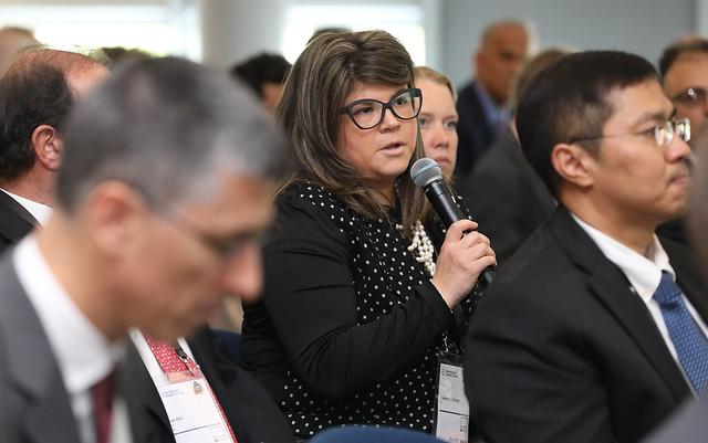 Alejandra Cruz Ross poses a question to the panel