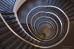 Stairs (Frank Guschmann) Tags: treppe treppenhaus frankguschmann nikond500 d500 nikon staircase stairwell escaliers stairs stufen steps architektur
