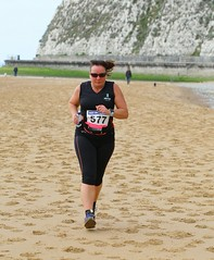 0D2D5761 (Graham Ó Síodhacháin) Tags: harbourwallbanger wallbanger broadstairs ramsgate 2018 thanetroadrunners race run runners running athletics vikingbay creativecommons