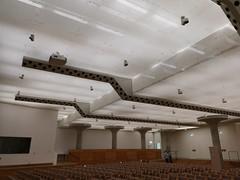 2018-05-FL-184983 (acme london) Tags: columns concrete jamesstirling lighting mushroom staatsgalerie stuttgart suspendedceiling