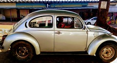 #Sinal dos tempos (eufatimaoliveira) Tags: sinaldostempos flickrfriday carro
