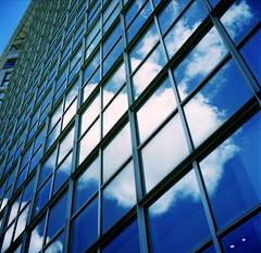 IMG_20180521_0004 (Dinasty_Oomae) Tags: ricohflexnewdia ricohfle ricoh リコーフレックスニューダイヤ リコーフレックス リコー 東京都 東京 tokyo 新宿区 新宿 shinjuku 空 雲 sky cloud outdoor