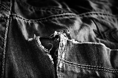 #6 Used (ollie.backflip) Tags: d7000 black white silver effect 2 bw noir et blanc jeans quicksilver troue hole end used 1870 nikkor nikon couture