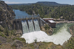 Long Lake Hydro Dam (Carolina Kid (misplaced)) Tags: lake spokaneriver longlake inlandnorthwest hydropower hydroelectricdam water potentialenergy long dam