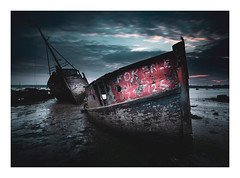 Fore Sail (SimonTHGolfer) Tags: landscape landscapephotography light longexposure boat boats bluehour dawn predawn river water mud ipswich suffolk uk eastanglia simontalbothurnphotography nikon d750 sigma wreck ships shipwreck forsale ngc nikonpassion
