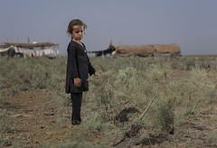 أطفال أهوار العراق ٥ (ali darwish233) Tags: alidarwish bahrain arab photography photogarpher people photo poor boy broncolor baharin iraq lighting girl village