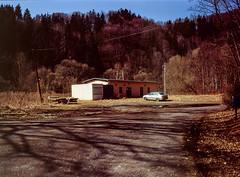 Pilchowice, Poland. (wojszyca) Tags: fuji fujica gsw680iii 6x8 120 mediumformat gossen lunaprosbc agfa agfachrome rsx ii 50 epson v800 rural carspotting soloparking remote forest