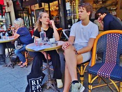 2018-05-07   Paris - Les têtes brulées - Rue Saint-Denis - Rue Turbigo (P.K. - Paris) Tags: paris mai 2018 may people candid street café terrasse terrace