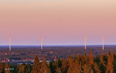 Tuulivoimalat auringonlaskun valossa (AaJii) Tags: auringonlasku lapua näkötorni simpsiö southernostrobothnia finland fi