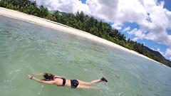 Seashell Beach Villa (vic_206) Tags: seychelles wwwseashellbeachvillacom seashellbeachvilla praslin goprohero5 beach playa chica girl sea mar