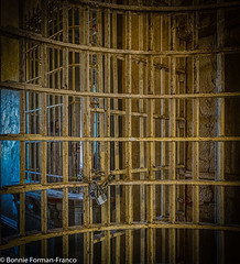 20171120_LANCASTER and WV_20171120-BFF_4959WV Penitentiary_HDR (Bonnie Forman-Franco) Tags: penitentiary abandoned abandonedphotography abandonedprison abandonedpenitentiary prison prisonhallway imprisoned photography photoladybon bonnie westvirginia westvirginiapenitentiary westvirginiaprison hdr yellow jail nikon nikonphotography