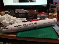IMG_20180118_201904 (Hipo 50's Maniac) Tags: boeing 737800 westjet papercraft 1100 scale by paperreplikacom paper model aircraft jetliner plane 737 next generation