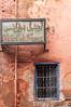 h.o.t.e.l. (Karl-Heinz Bitter) Tags: marrakech marrakesch marroko hotel france moroc building schild sign window fenster gitter red rot