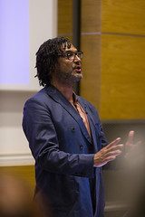 David Olusoga delivering UCL Urban Laboratory's Cities Imaginaries lecture on 22 May 2018 (UCL Urban Lab) Tags: davidolusoga matthewbeaumont ucl uclurbanlaboratory citiesimaginaries annuallecture darwinlecturetheatre universitycollegelondon history housingcrisis