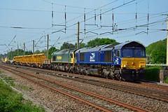 66426 66539 6K05 Euxton (British Rail 1980s and 1990s) Tags: train rail railway loco locomotive lmr londonmidlandregion mainline wcml westcoastmainline lancs lancashire livery preston liveried traction diesel freight railfreight 66 class66