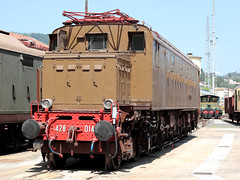 In splendida forma la E428.014 (Ernesto Imperato - Firenze (Italia)) Tags: e428014 e428 fs ferroviedellostato spezia laspezia migliarina storico canon eos 7d
