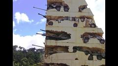 Make Love, Not War (Le.Patou) Tags: liban lebanon beyrouth war ruin ruine guerre paix peace fête party joy joie vivre live amour aime love