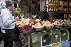 Jerusalem: Mahane Yehuda Market (Erwin van Maanen.) Tags: markt שוקמחנהיהודה mahaneyehudamarket shuk ירושלים mercado verhalendefotografiemarketisraeljerusalemnarrative photographystorytellingjeruzalemkroon en van maanen fotografieanat kroonsony nex 7