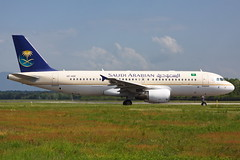 Saudi Arabian Airlines Airbus A320-214 HZ-ASE (Mario Alberto Ravasio) Tags: saudi arabian airlines airbus a320214 hzase mxpairport flickr