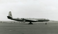 XK699. Royal Air Force de Havilland Comet C.2 (Ayronautica) Tags: dehavillanddh106cometc2 xk699 royalairforce raf 1958 july military ayronautica aviation scanned prestwick egpk pik