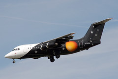 G-ZAPN British Aerospace 146-200QC Titan Airways (pslg05896) Tags: gzapn bae146 titan lgw egkk london gatwick