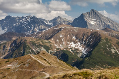 Tatra Mountains (Kajfash) Tags: canoneos5dmarkii canonef70300mmf456lisusm tatry tatrywysokie tatryzachodnie tatramountains hightatra westerntatra landscape krajobraz krivan krywań kopakondracka poland polska słowacja slovakia nature natura wiosna spring