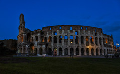 Coliseo de Roma (por agustinruizmorilla) Tags: building exterior architecture famous place column arch tower dome town square international landmark steeple old coliseo romano roma agustin ruiz morilla