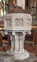 FONT, St EDITHA'S CHURCH, TAMWORTH_DSC_8614_LR_2.5 (Roger Perriss) Tags: church parrish tamworth d750 font caen caenstone gilbertscott cover christening baptism sacrament carving carvedstone art artistic ceremony clerical woodencover step