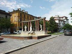 Fontana del Delfino  Cassano d'Adda (Bruno Viganò) Tags: cassanodadda fontana provinciamilano streetphotographer streetpic city cityscape cityshot roadpic lgphone cellphone lgk8