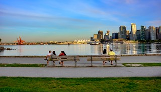 Twin benches - Port Metro Vancouver
