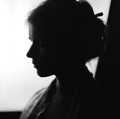 PHSQUAT2879010 (newmandrew_online) Tags: пленка чб сф portrait mamiya mamiyac220 svema minsk belarus face 6x6 filmisnotdead film filmphotografy film120 120mm