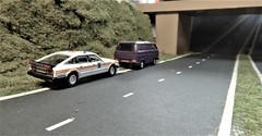 Pulled Over By The Police. (ManOfYorkshire) Tags: rover sd1 3500 vitesse police car jamsandwich oogauge 176 scale model models oxforddiecast diecast transporter van vw volkswagen dualcarriageway pulledover stopped bluelight diorama homemade