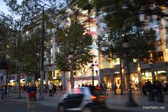 Париж, Єлісейські поля InterNetri  France 004